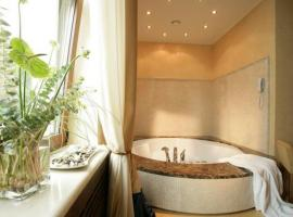 Executive suite with jacuzzi
